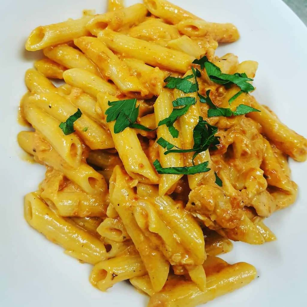 Penne with Smoked Salmone Cream & Tomatoes